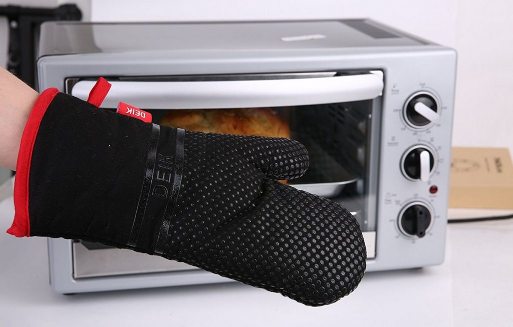 Les gants de cuisine et leurs avantages